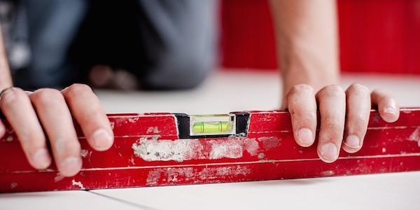 測量の専門技術者!将来性も抜群!測量士補通信講座の特長とは?